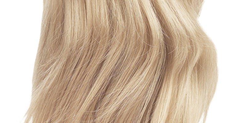 O cabelo sintético precisa de cuidados para uma maior vida útil
