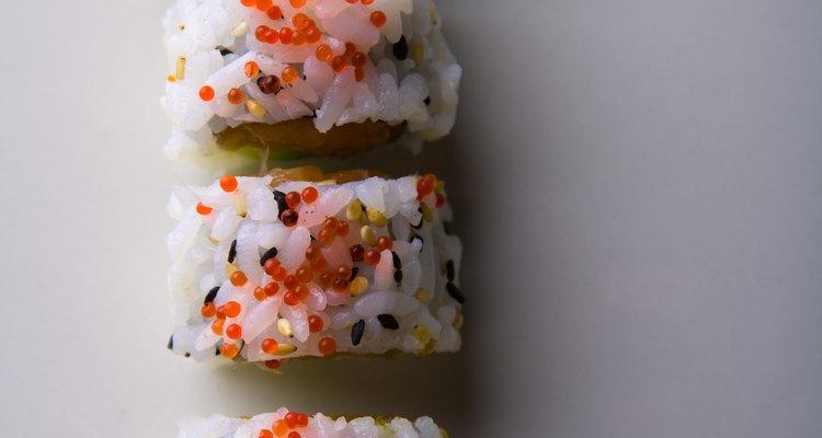 El arroz del sushi es en ocasiones cocinado con vinagre.