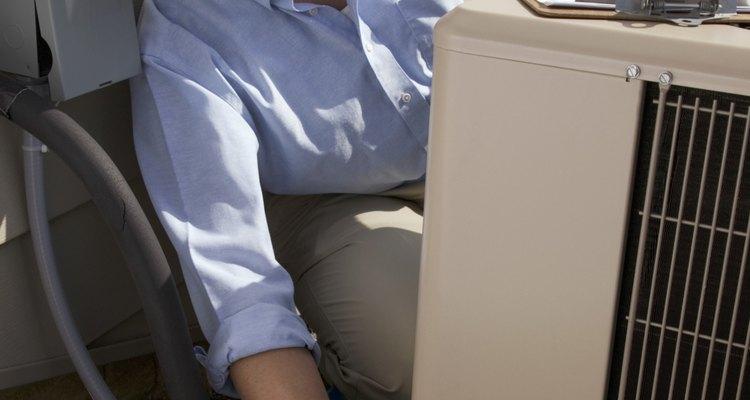 Os climatizadores evaporativos são uma maneira barata, simples e eficaz de refrescar um prédio