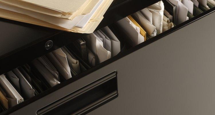 Nomeie suas pastas e arquivos de forma clara e legível