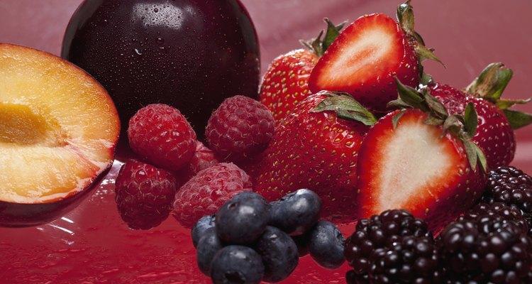 La crema batida fría puede acompañar una gran variedad de frutas.