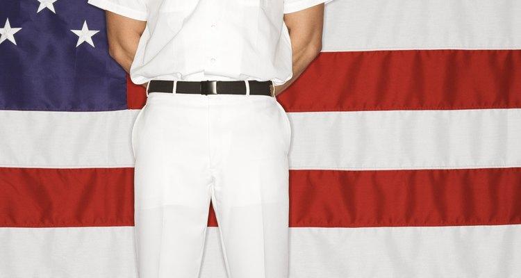 La camisa se emplea en el uniforme de faena.