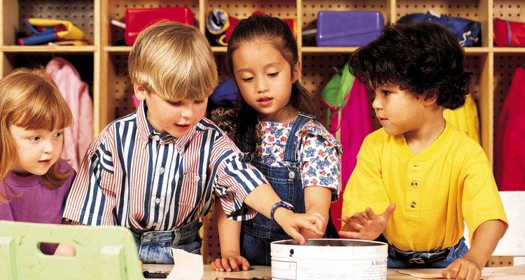 La graduación de preescolar marca el final de esa etapa y su entrada al jardín de infantes y a la escuela primaria.