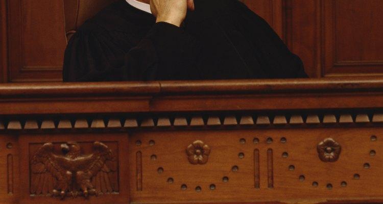 El interrogatorio en un juicio sin jurado requiere una técnica rigurosamente focalizada.