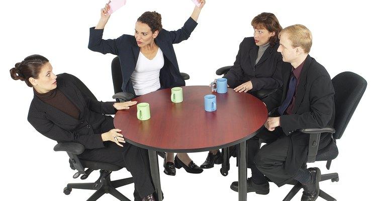 Reconoce y lidia con las dificultadas de los empleados antes de que se salgan de control.