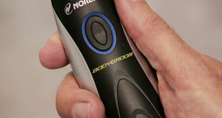 Solo algunas afeitadoras Norelco necesitan ser aceitadas.
