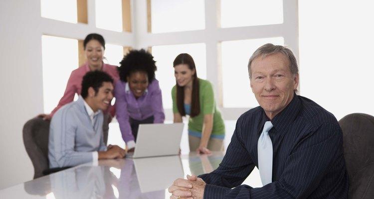 El gerente planificará, dirigirá y coordinará los diversos aspectos de su área de trabajo.