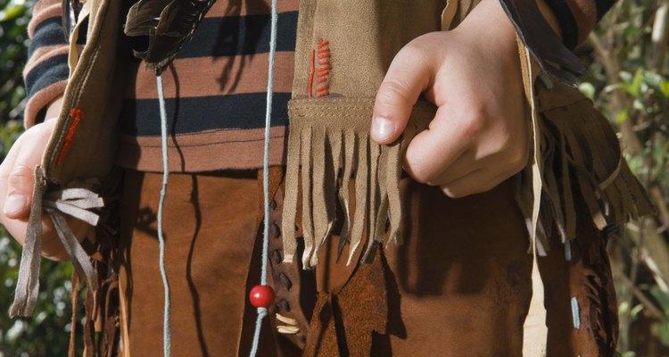 Você pode criar seu próprio couro a partir da pele de animais como veado, ovelha e esquilo