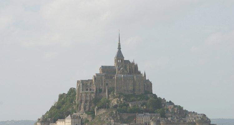 Mont Saint Michel es un lugar fascinante para que los chicos se conecten con la historia.