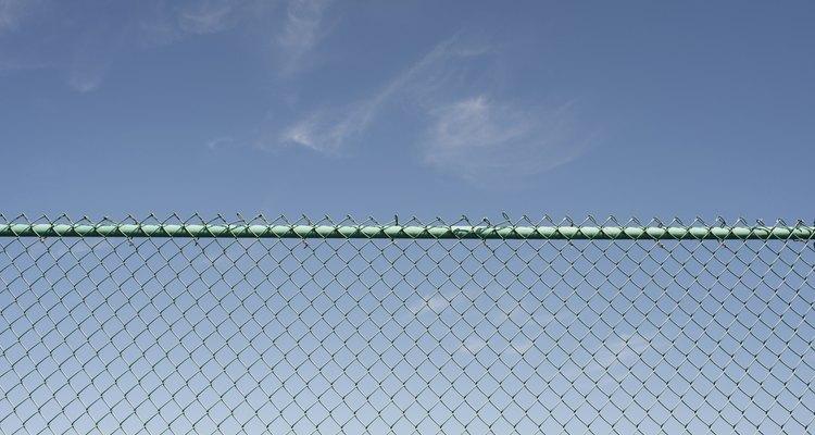 Existem alternativas baratas para cercas de telas metálicas