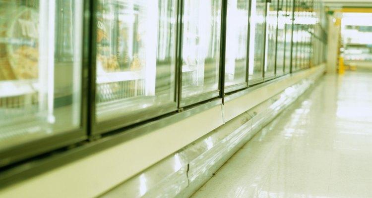 Para conservar alimentos congelados se emplea R-502 en los equipos de refrigeración.