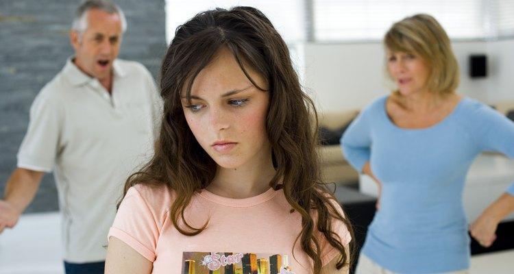 Trata de concentrarte en lo que tu padre enojado dice para ver si puedes entender mejor su problema.