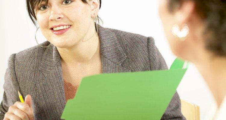 Los gerentes de ventas son responsables de la formación y la evaluación de su personal.