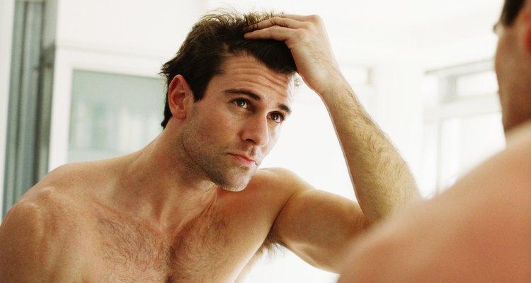 O picolinato de cromo é um mineral utilizado como um nutriente e vendido como um suplemento de saúde que provoca queda de cabelo