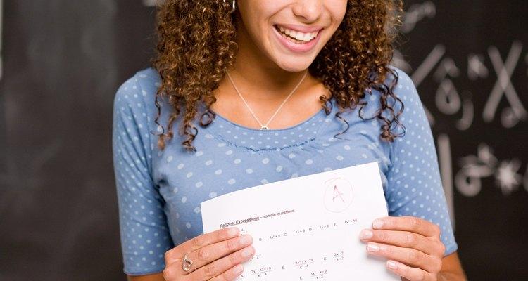 Si quieres ser profesor de matemáticas, primero tendrás que obtener un título universitario.