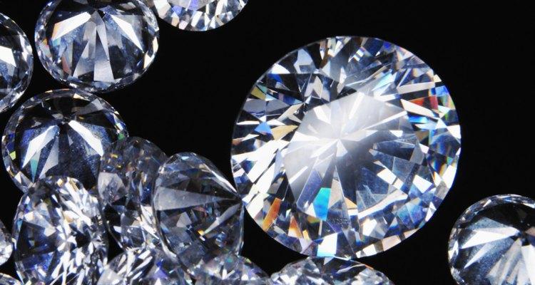 Aprende el valor de los diamantes negros.