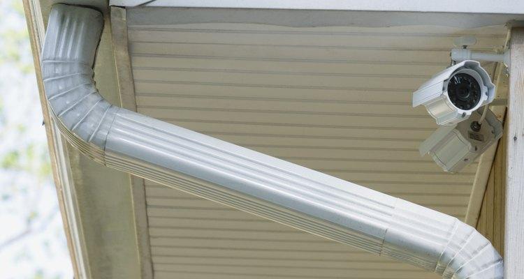 El alero es el borde inferior que sobresale de un techo.
