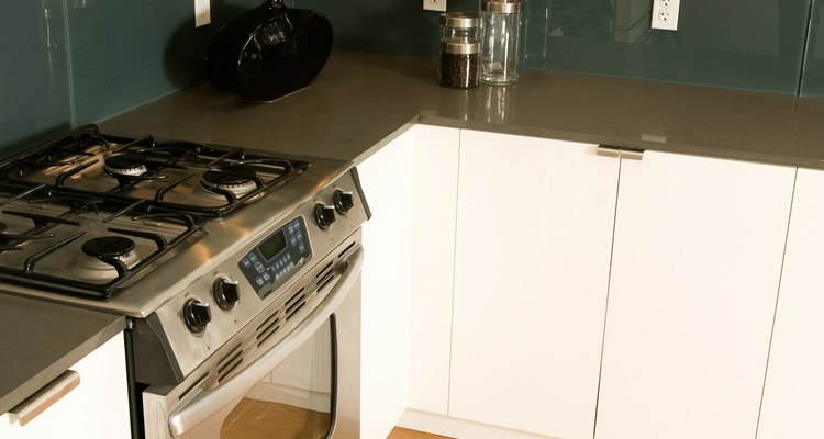 Food spills and grease build-up leave the inside of your oven dirty.