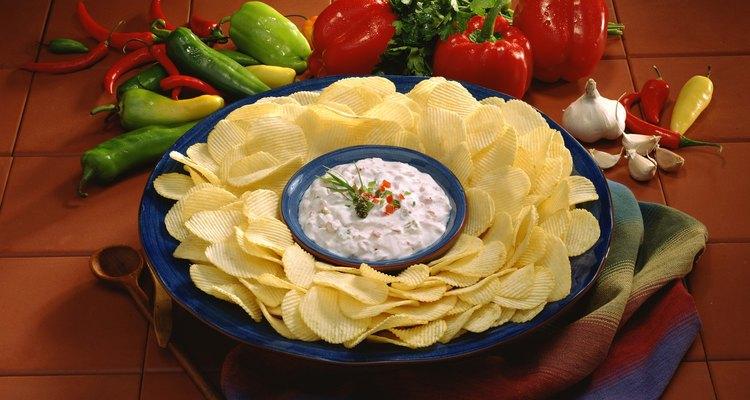 Prueba esta deliciosa salsa con queso crema.