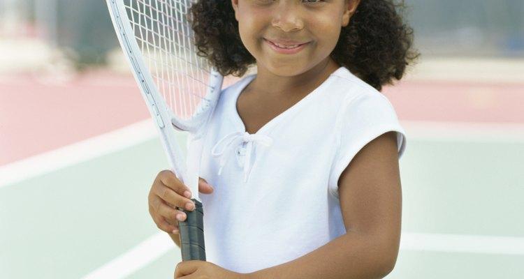 Es mejor encontrar una raqueta con el tamaño correcto, si es posible.