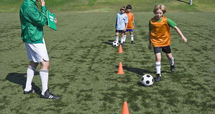 O treinamento em circuito pode ser utilizado para desenvolver as habilidades de futebol