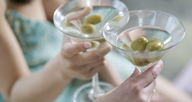 O martini clássico é feito com gim e vermute