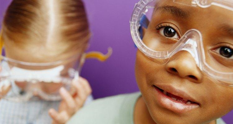 Evite que seus óculos de proteção fiquem embaçados