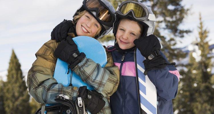 Los niños pueden aprender lo básico en Four Lakes Snowsports.