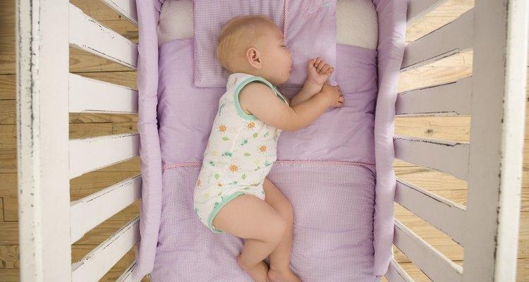 Você pode não querer usar produtos químicos fortes em um lugar onde irá colocar seu bebê