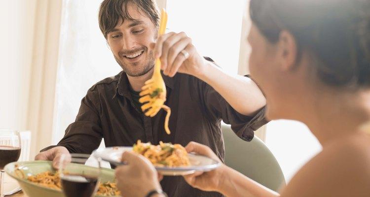 Prueba cenar espaguetis con pollo caseros