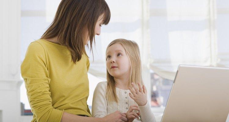 Las amas de casa y niños pueden mantener la diversión en el interior en un día de invierno.