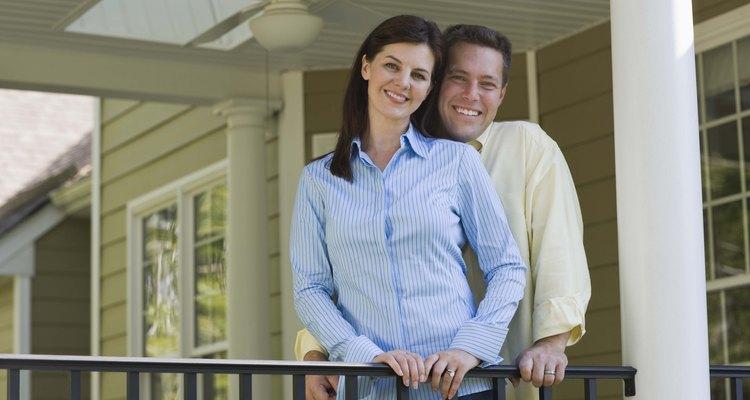Si ya están viviendo juntos, puede que tu chico no vea la necesidad de realizar un compromiso adicional.