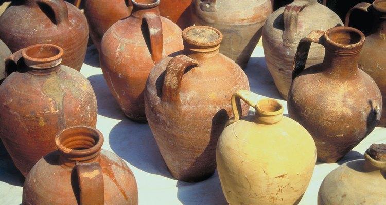 Utilize essas atividades para ajudar as crianças a lembrar de quando Jesus transformou seis jarros comuns de água em vinho