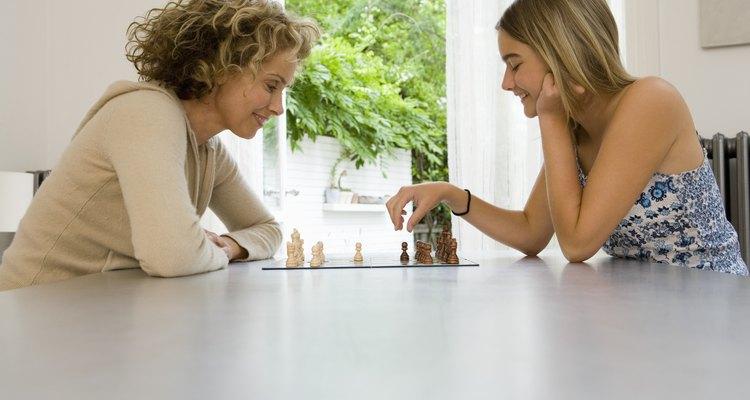 Pasar tiempo con tus padres es una manera de decirles que te importan y los quieres.