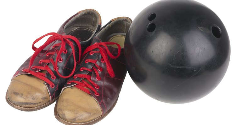 A bowling ball costume can be put together in minutes with the right materials.