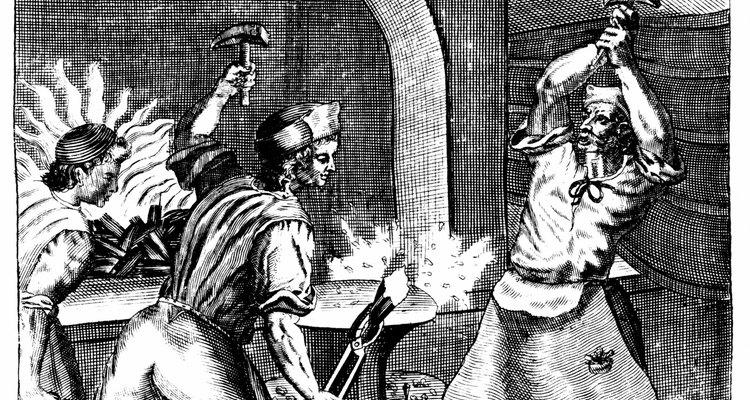 A ferraria consiste na criação de objetos a partir do aço e do ferro