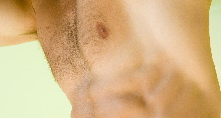El cuidado pulcro del vello corporal es un requisito para el hombre actual.