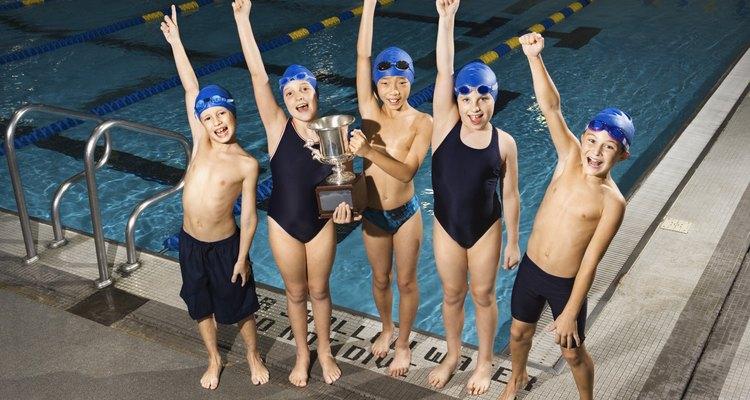 Entre los 11 y 13 años, se producen muchos cambios físicos en los jóvenes que entran en la adolescencia temprana.