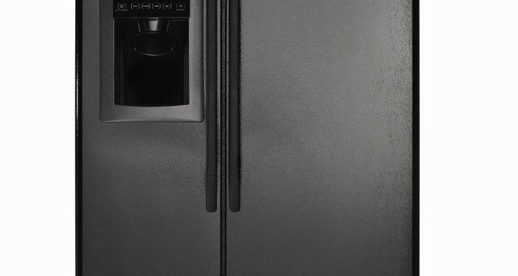 El hielo y escarcha en el compartimiento del congelador es un síntoma de un problema.