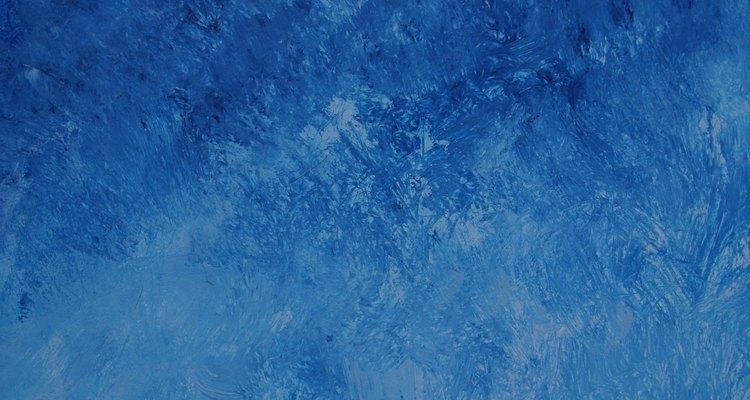 Os vários tons de azul combinam com pêssego
