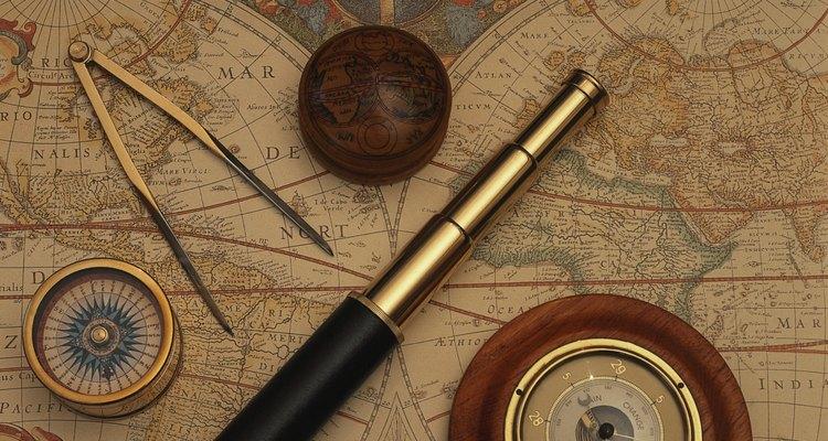 Galileo es responsable de inventos como el telescopio y la brújula militar.