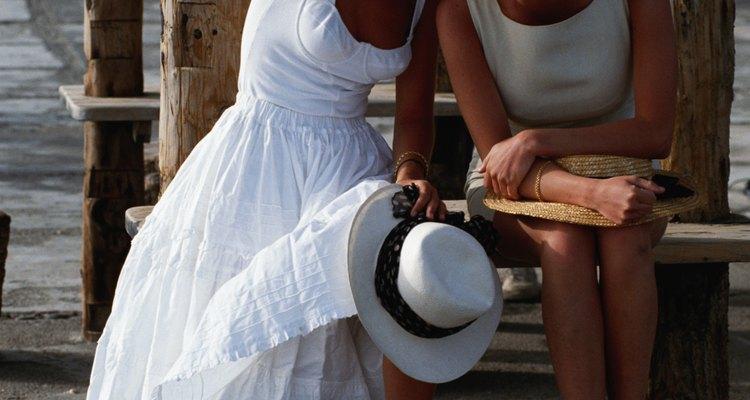Se comprar o vestido certo, você poderá usá-lo novamente com acessórios casuais