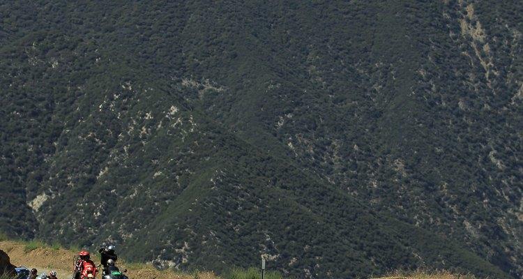 El Mount Baldy tiene muchos senderos distintos y todos los años se celebran eventos de ciclismo.