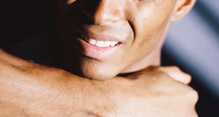 Uma distensão no músculo do trapézio pode causar uma dor muito desconfortável