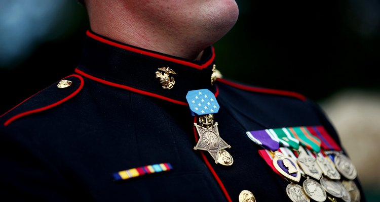Kentucky Town Welcomes Home Medal Of Honor Winner Dakota Meyer With Parade