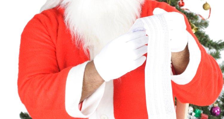 Todos los niños saben que el color del traje de Santa Claus es rojo.