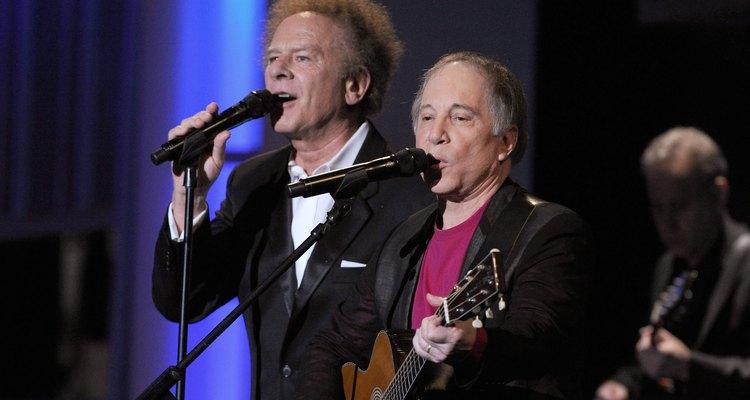"""Art Garfunkel e Paul Simon foram nomeados ao """"The Long Island Music Hall of Fame"""" em 2008"""