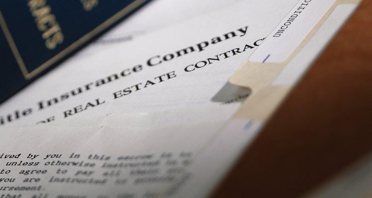 Al agregar a una persona a la escritura, esta persona se convierte en copropietario y podrá tomar decisiones respecto a la propiedad.