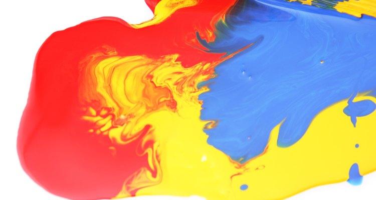 Nos arquivos PNG, as informações de cor de cada pixel da imagem são guardadas no próprio arquivo