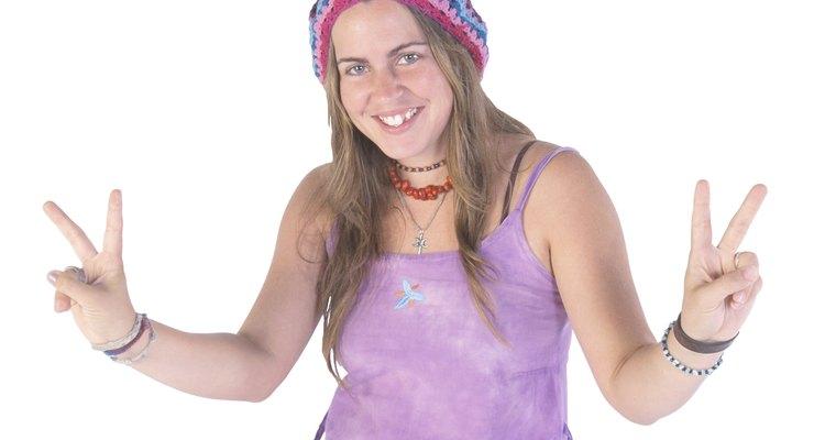 Você pode amarrar rapidamente seu bracelete e mostrar o hippie em você